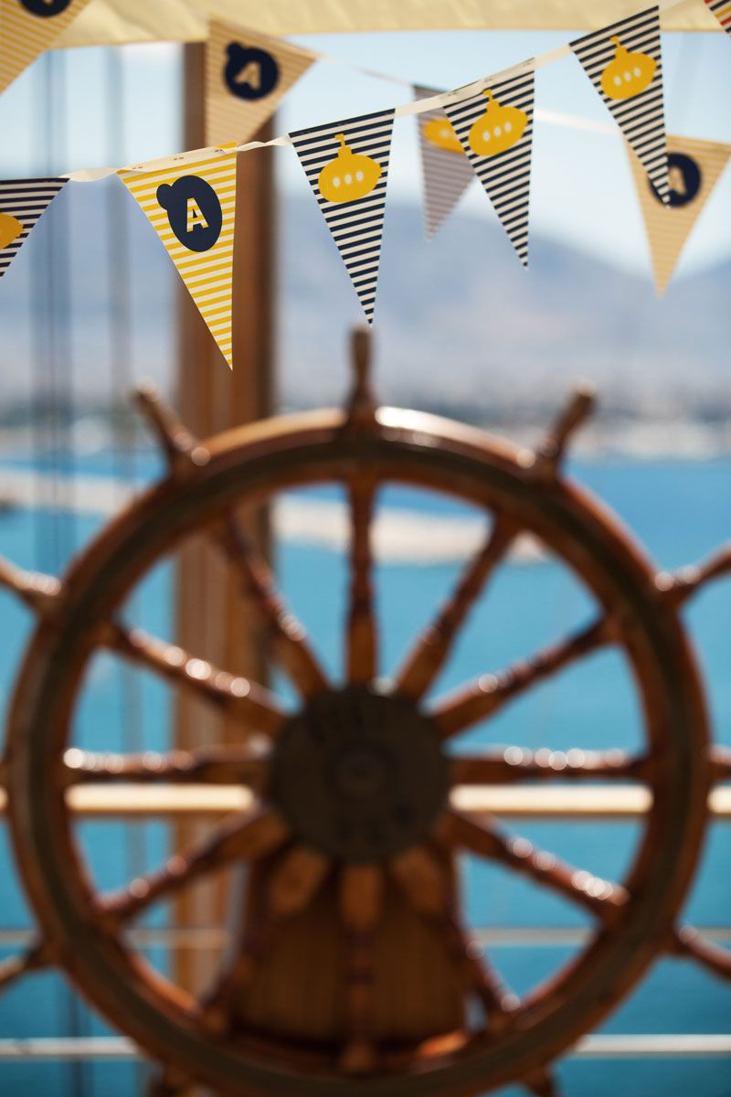 Weddings Projects & Themes : THE YELLOW SUBMARINE | DeplanV